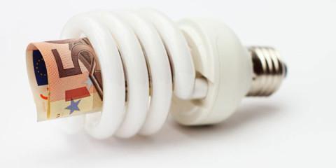 Die Tragödie Glühbirnen-Tod und Energiesparlampe