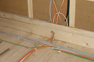 Stromleitungen im Holzbau sind problematisch
